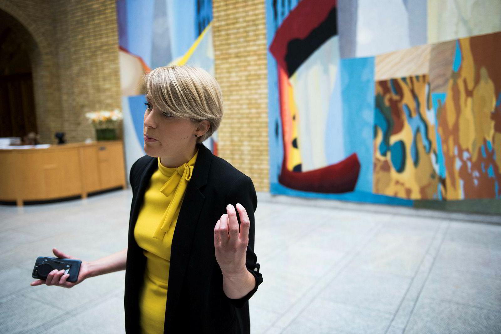 SVs Kari Elisabeth Kaski mener kommunenes velferdstjenester vil lide på grunn av forslaget.