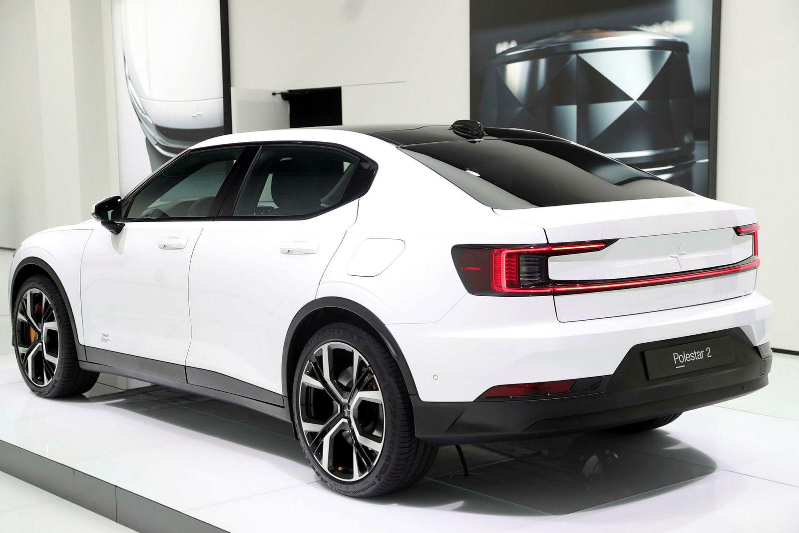 Polestar 2 er en avlegger av Volvo, og kommer i starten av neste år. Prisen blir fra i underkant av 400.000 kroner.
