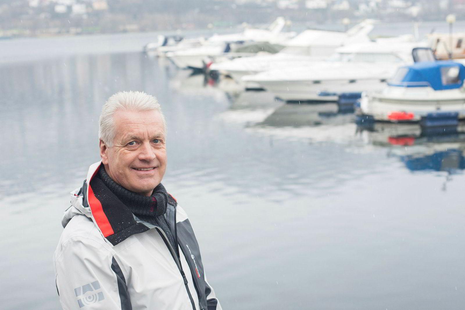 Daglig leder i bransjeorganisasjonen Norboat, Leif Bergaas, regner med at lagrene hos båtforhandlerne vil være tomme til høsten og at det på grunn av svak krone vil bety et kraftig prishopp neste år.