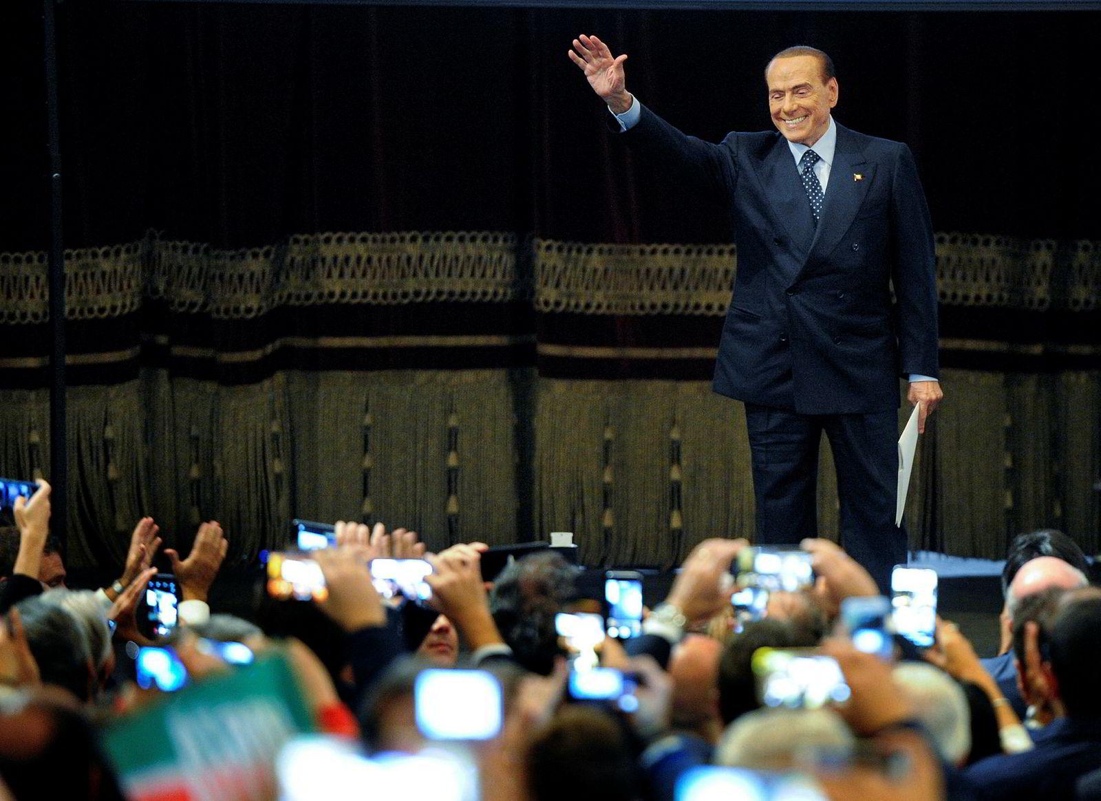 Eksstatsminister Silvio Berlusconi kan ikke selv stille som statsministerkandidat, men styrer showet i partiet Forza Italia. Partiet tilhører koalisjonen med best sjanse til å vinne søndagens valg, ifølge målingene.