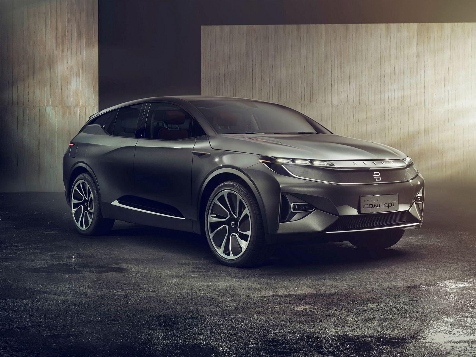Aner vi litt av bakenden til BMW i3? Flere som har vært involvert i BMWs elbiler har hatt med kinesiske Byton concept suv å gjøre.