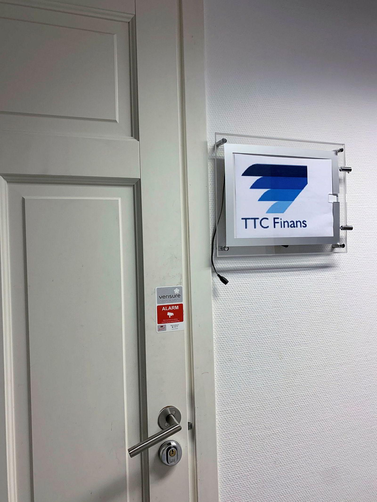 Finanstilsynet setter kroken på døren for TTC Finans på Grønland i Oslo.