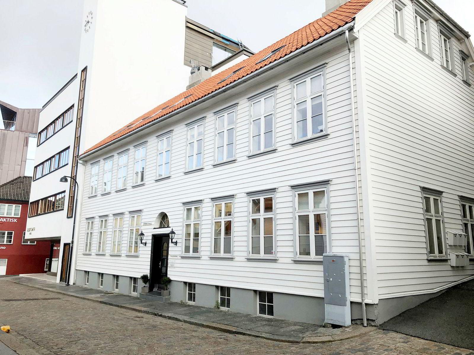 Det er tomt på kontoret til Torjussens holdingselskap i Nordbøgata 10 i Stavanger