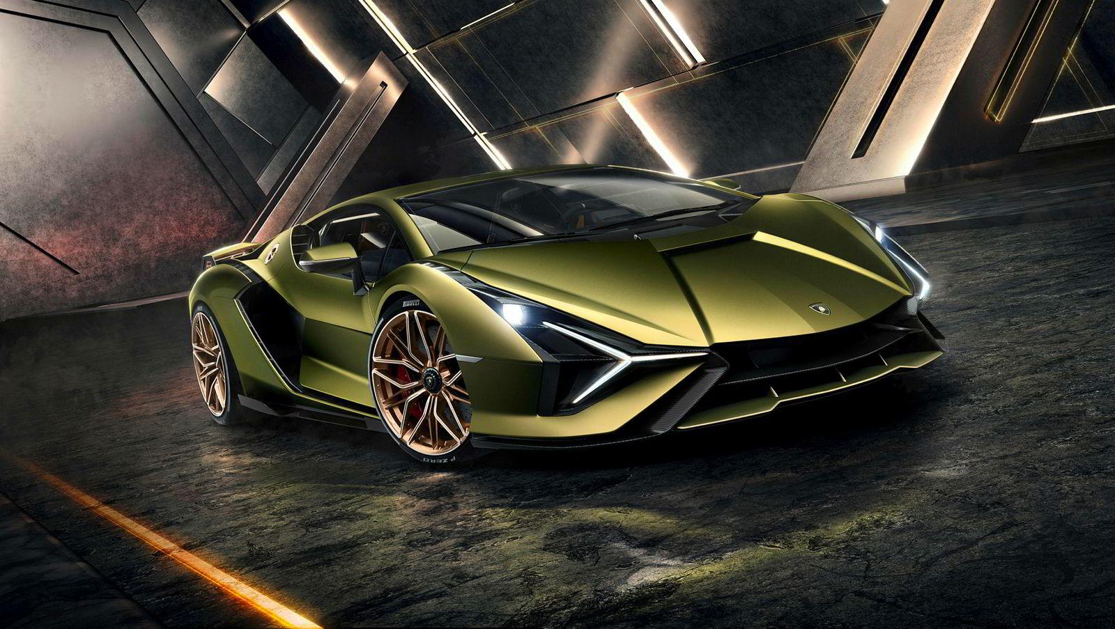Som vanlig er det dramatiske linjer hos Lamborghini. Bilen debuterer under bilutstillingen i Frankfurt som åpner neste uke.
