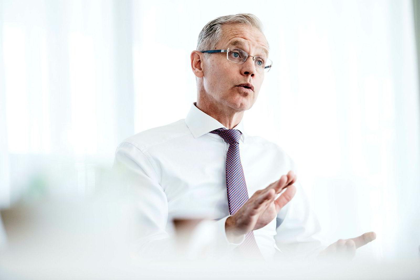 SAS-sjef Rickard Gustafson sier fastpris på drivstoffet er en forsikring for å hindre at resultatet svinger for mye fremover.