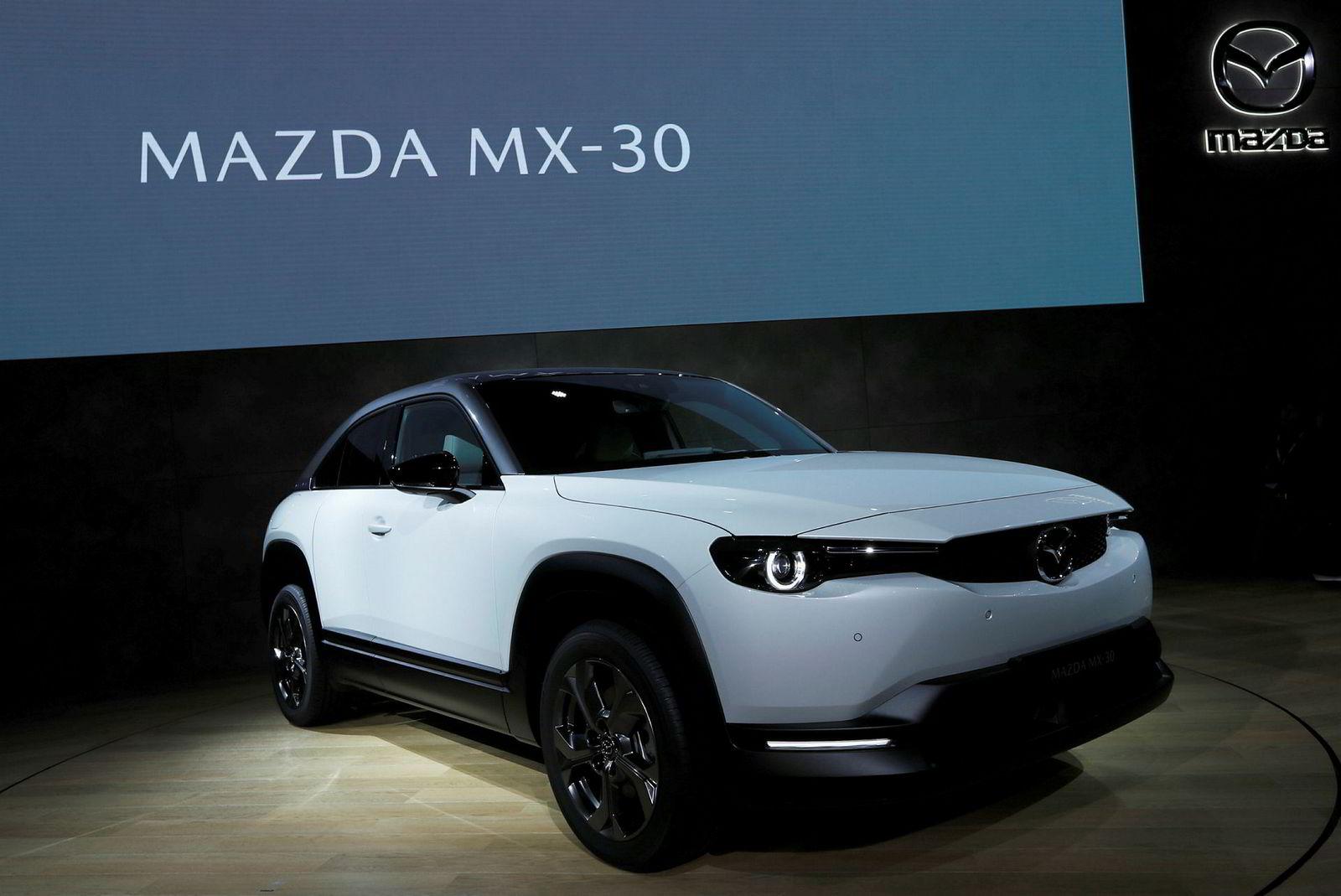 Mazdas nye MX-30 ble vist i Tokyo i natt, norsk tid.