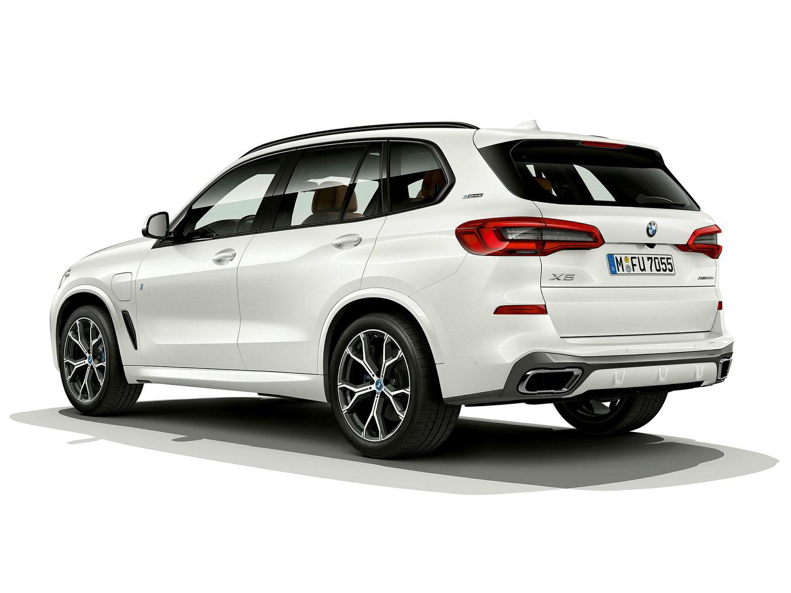 Nye BMW X5 er større enn forgjengeren.