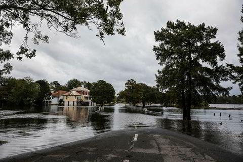 Byen Washington i Nord Carolina ble kraftig oversvømmet.