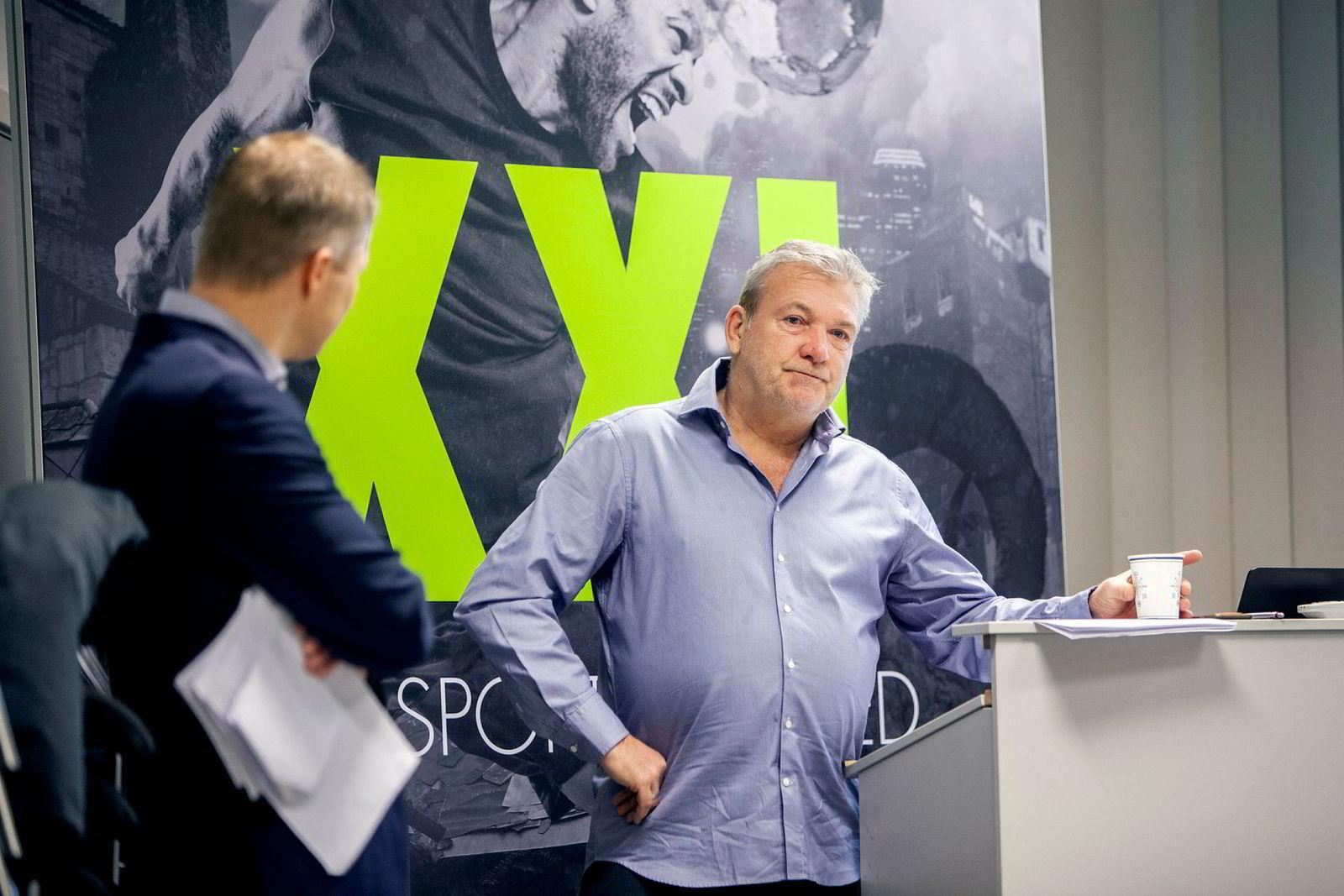Styreleder og XXL-gründer Øivind Tidemandsen har overtatt den daglige ledelsen i XXL etter at idrettskjedens svake tall det siste året.