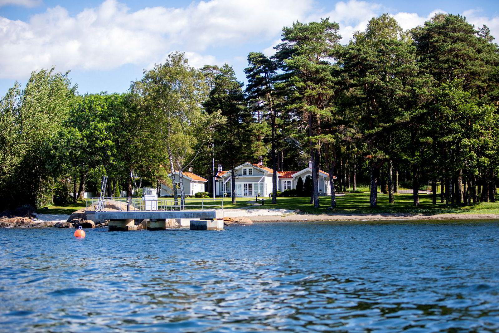 Brian Ole Jepsen ga 33 millioner kroner for eiendommen i Sandefjord.