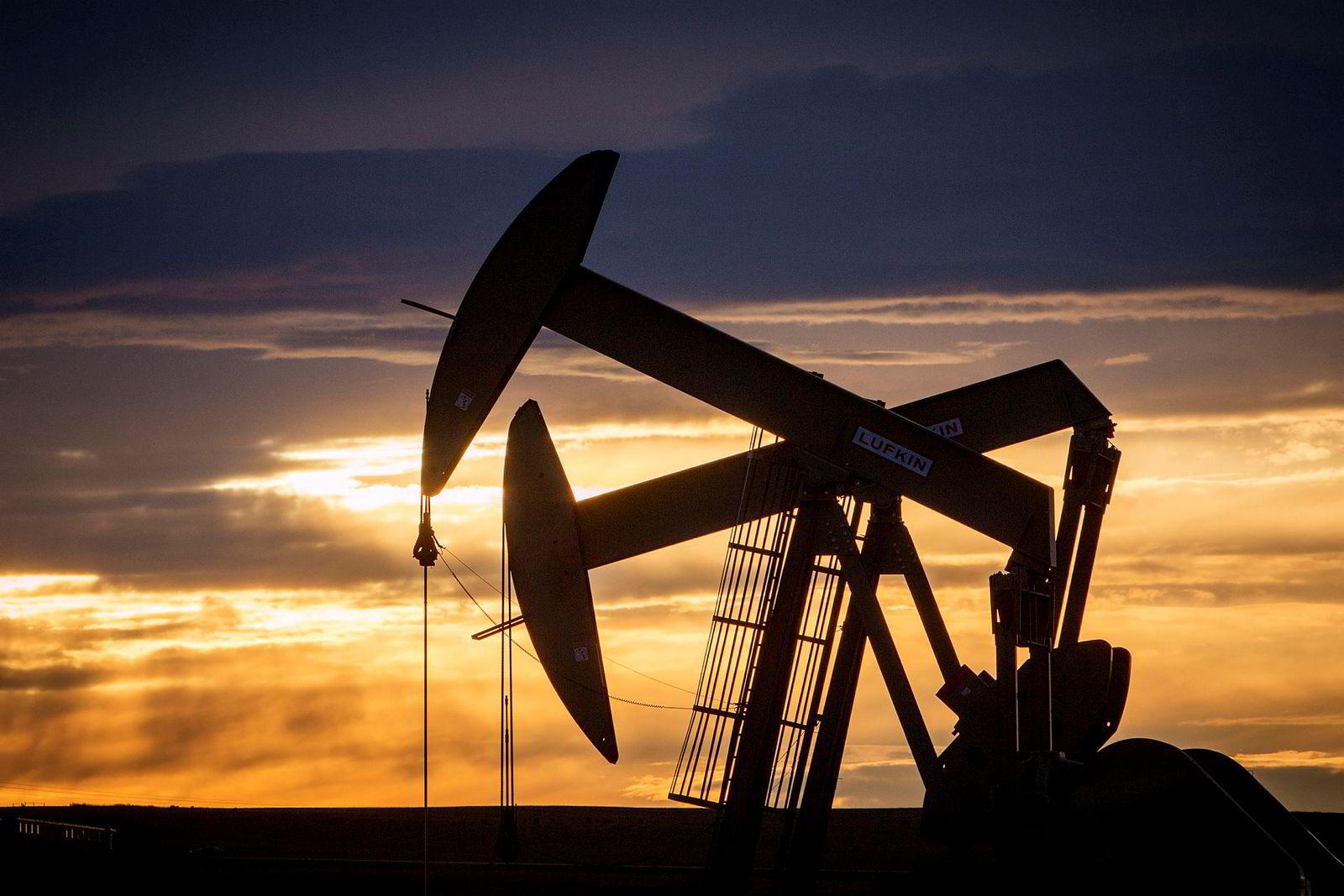 Solen kan gå ned for den amerikanske oljenæringen her i Williston, Nord-Dakota.