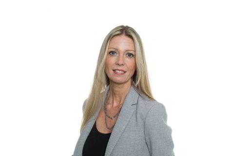 Hilde Indresøvde, leder Inkubasjon og akselerasjon i Bergen Teknologioverføring (BTO). Indresøvde har jobbet med innovasjon og entreprenørskap siden 2003. Sammen med teamet driver hun inkubatorene Nyskapingsparken, Mediekuben og Fintech Room, som skal hjelpe gründere i gang, og akselerasjonsprogrammer som skal hjelpe dem ut i verden, samt kontorfellesskaper i Bergen.Hun er svært engasjert i oppstartsmiljøet på Vestlandet med prosjekter som Innovasjonsuken OPP, Ocean Innovation Catapult (OINC) og Marineholmen Makerspace og jobber aktivt som styremedlem i bedrifter og innovasjonsselskaper i Norge.