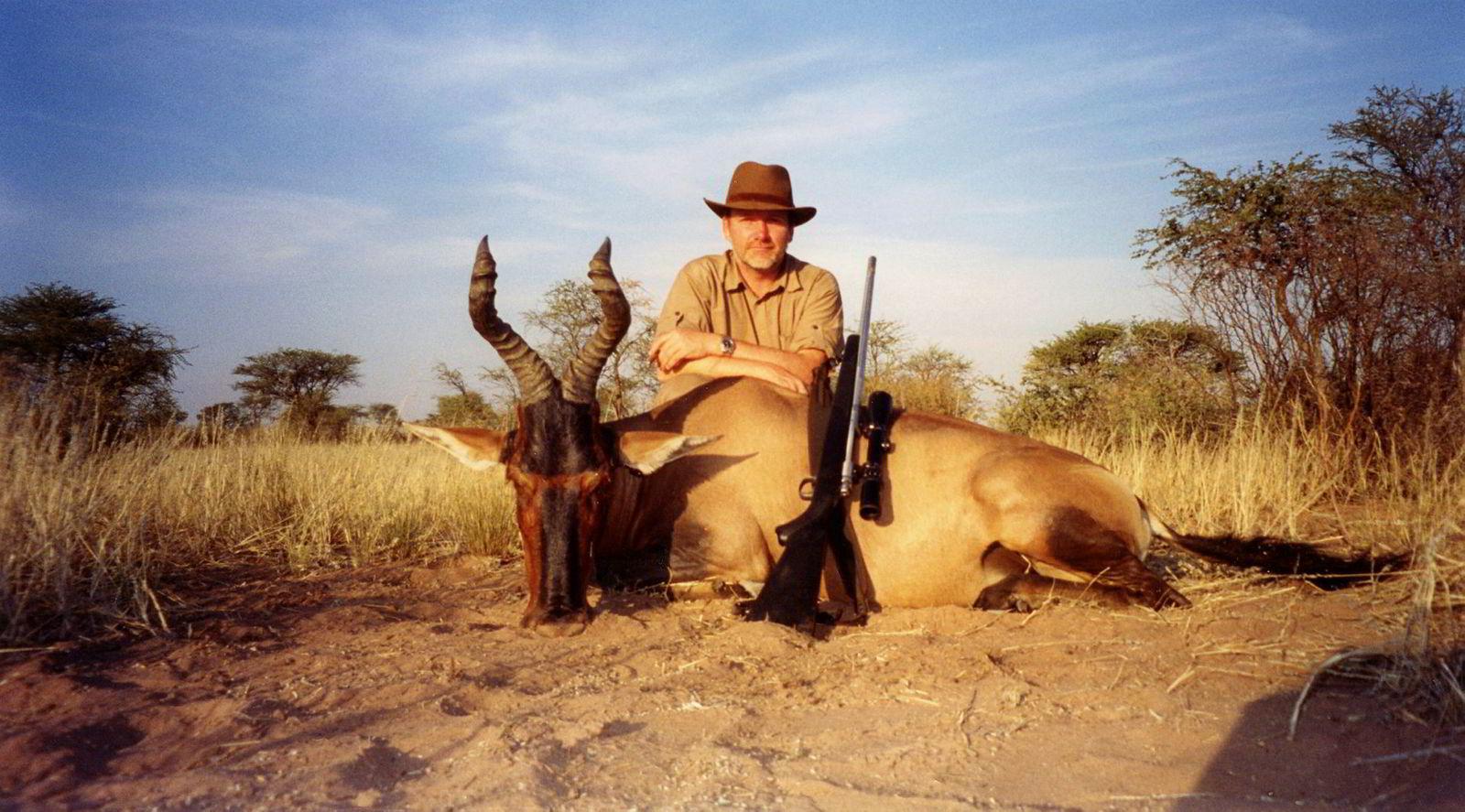 Øivind Tidemandsen ville ikke sende over trofébilde fra løvejakt fordi han ikke føler det representerer jakten han står for. I stedet viste han frem antilopejakt i Namibia.