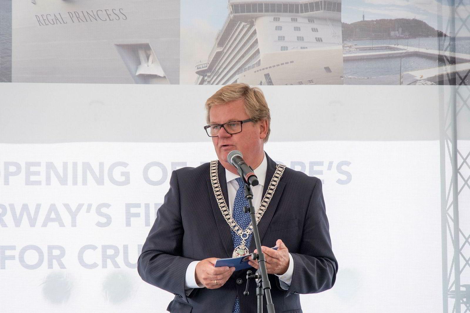 Harald Furre ble kastet som ordfører i Kristiansand ved høstens valg og skylder blant annet på den kontroversielle facebooksiden Sørlandsnyhetene.