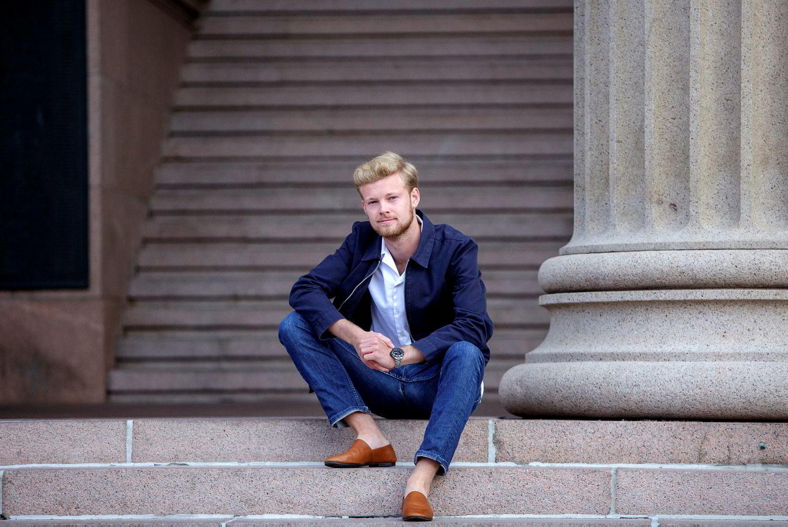Sander A.R. Eilertsen er NHH-studenten som satte i gang vårens debatt om det han omtalte som ukultur på studiet. Han befinner seg for tiden i Oslo, men gruer seg ikke til å komme tilbake til skolen. – Jeg har fått mye støtte, sier han.