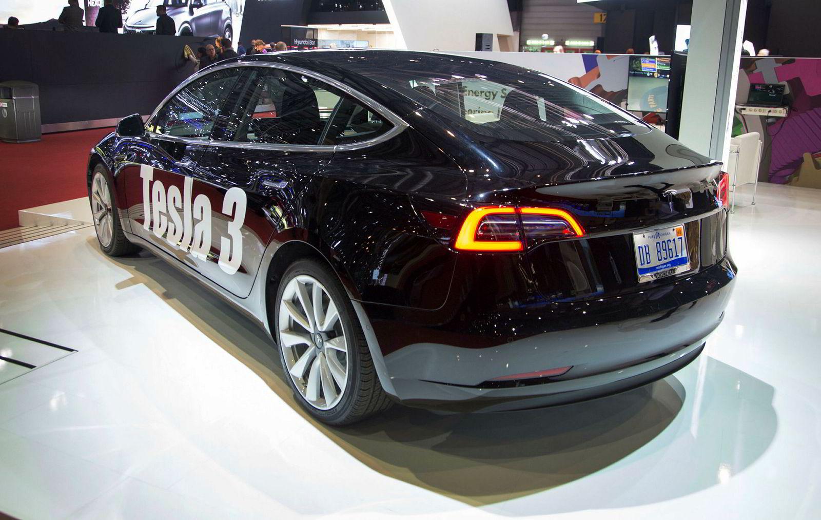Tesla Model 3 i Genève mars 2018.