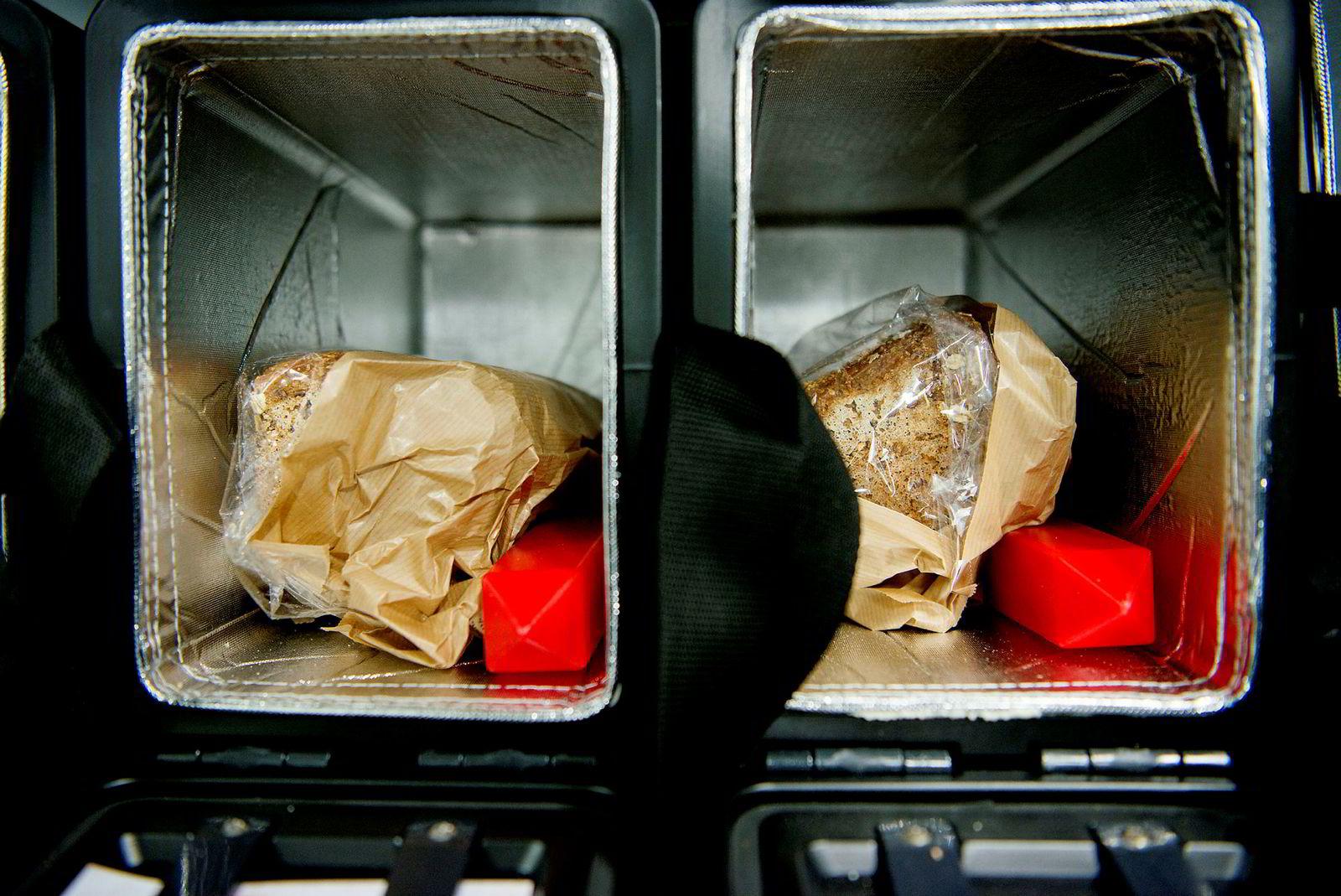 Brødboksen leverer brød, melk og andre matvarer på kundens dør hver morgen.