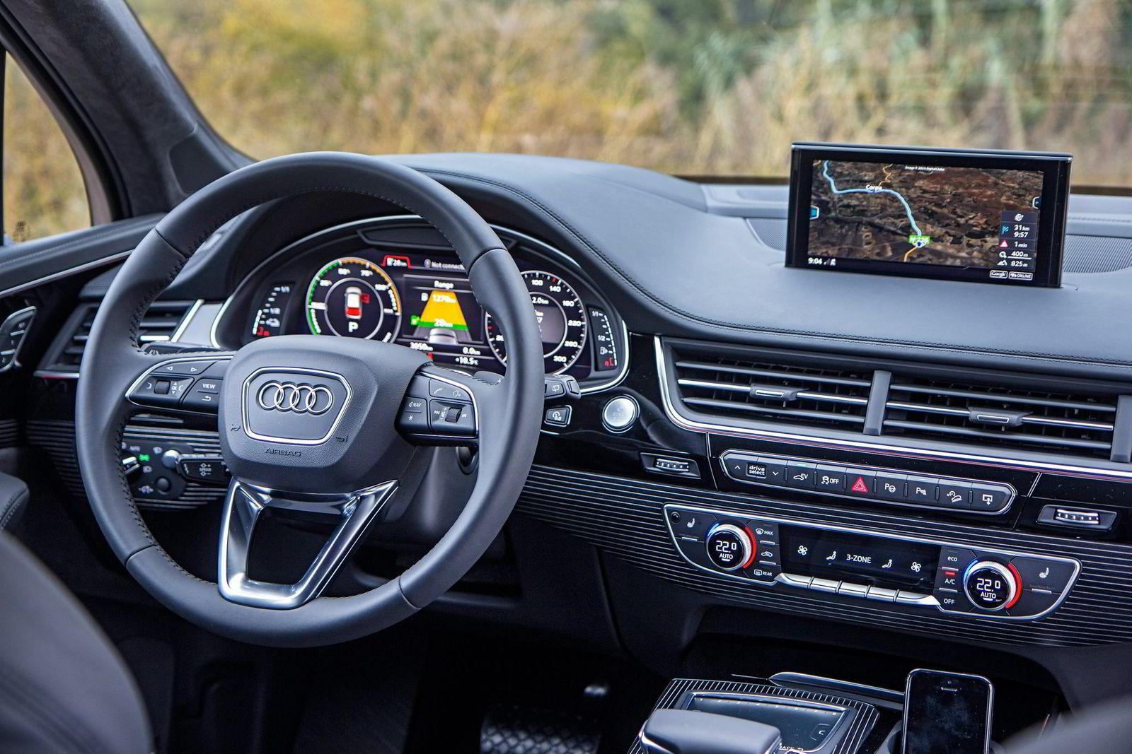 «Virtual cockpit»-løsningen er både lekker og funksjonell.