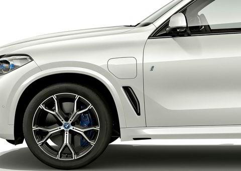 Den korte rekkevidden på dagens modell har nok gjort at mange kunder ikke har tatt seg bryet med å lade bilen.