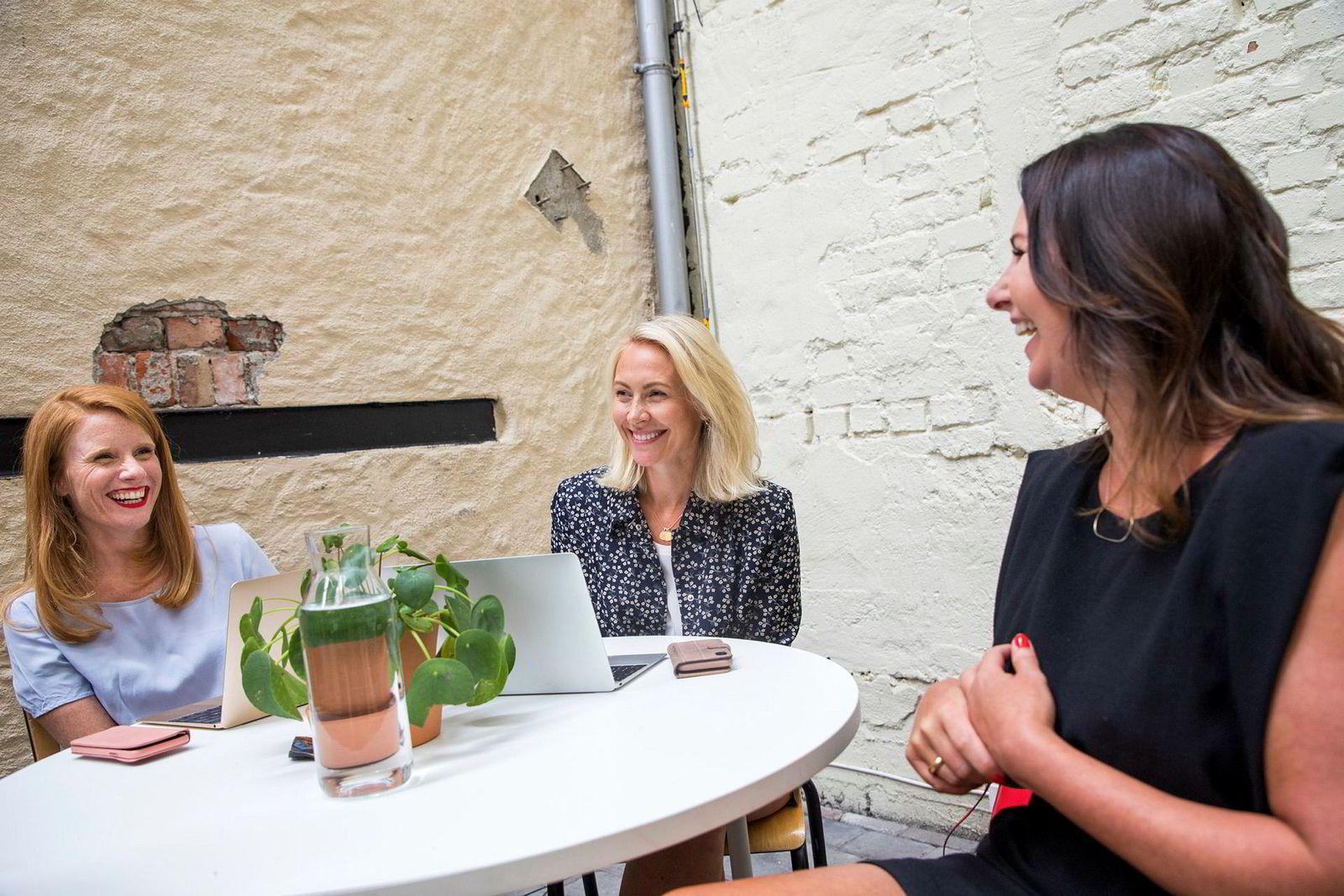 Fra venstre ny daglig leder Susanne Kaluza, styreleder Camilla Hagen Sørli og gründer av She, Heidi Aven.