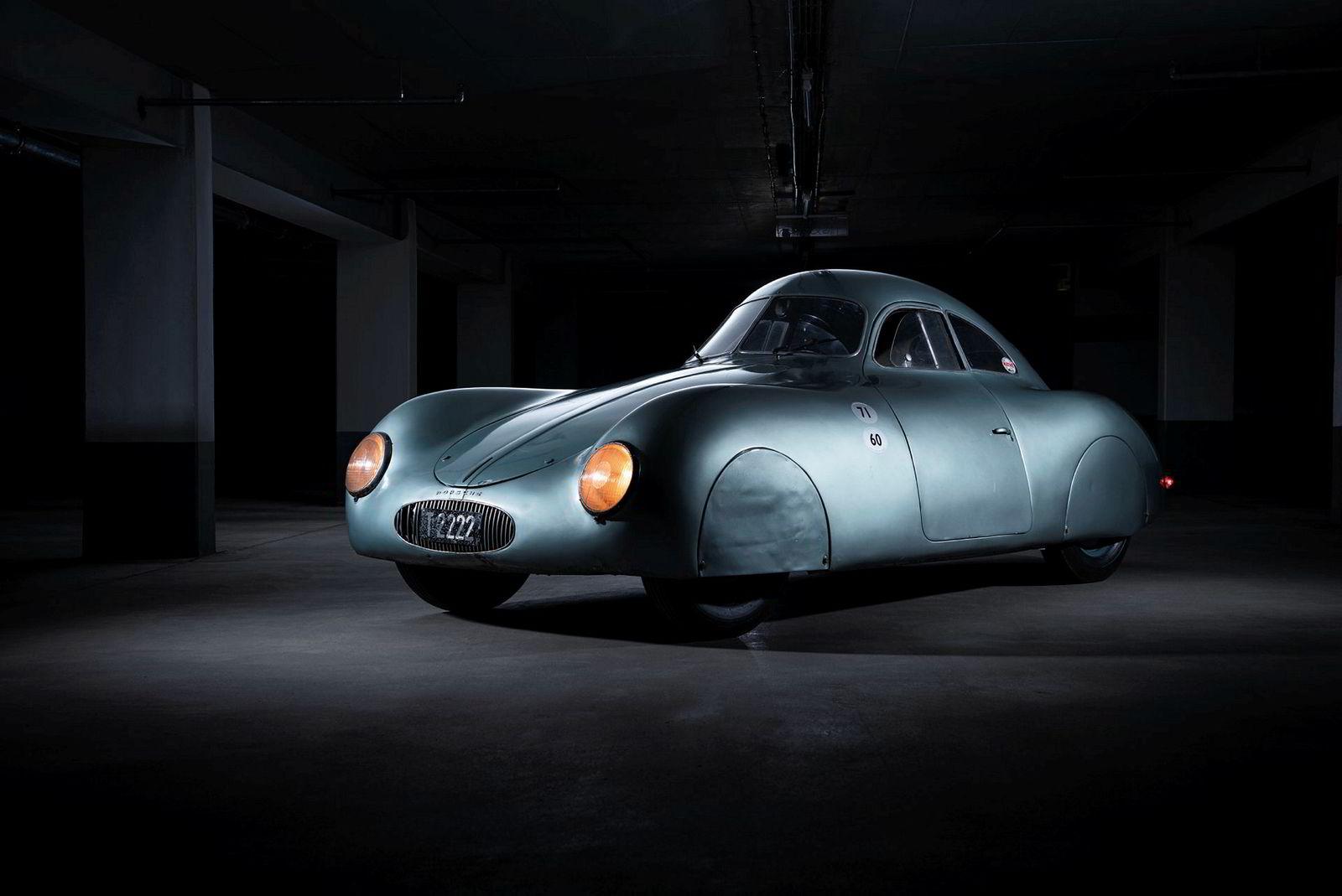 Porsche Type 64 fra 1939 skal selges på auksjon med en antydning mellom 19 og 22 millioner dollar.