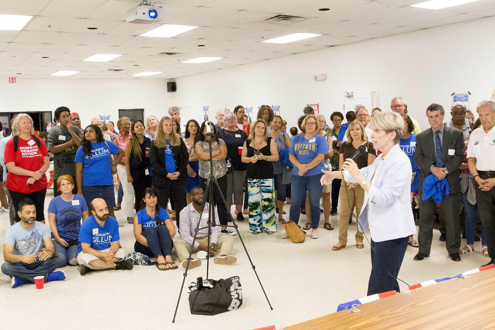 Leder for det Demokratiske parti i Florida, Terriew Rizzo, på valgmøte i West Palm Beach.