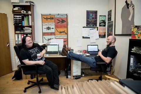 Plateselskapet Karisma & Dark Essence Records har spesialisert seg på metal og prog. I år står selskapet på gasellelisten i Hordaland. Fra venstre: Otto Egil Sætre og Bjørnar Erevik Nilsen.