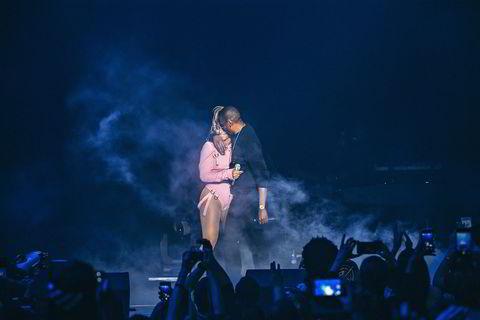 Beyonce og Jay-Z sammen på Tidal-konserten.