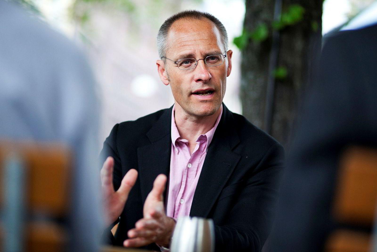 Professor Guttorm Schjelderup ved Norges Handelshøyskole sier NHOs forslag vil øke ulikheten i Norge.