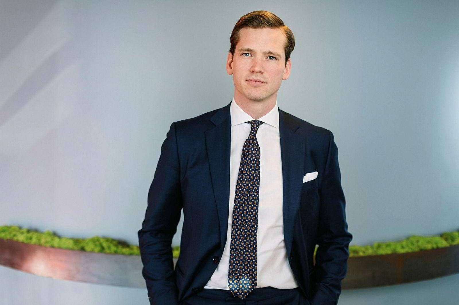 Analytiker Jo Erlend Korsvold i SEB beholder en kjøpsanbefaling på Norwegian-aksjen.