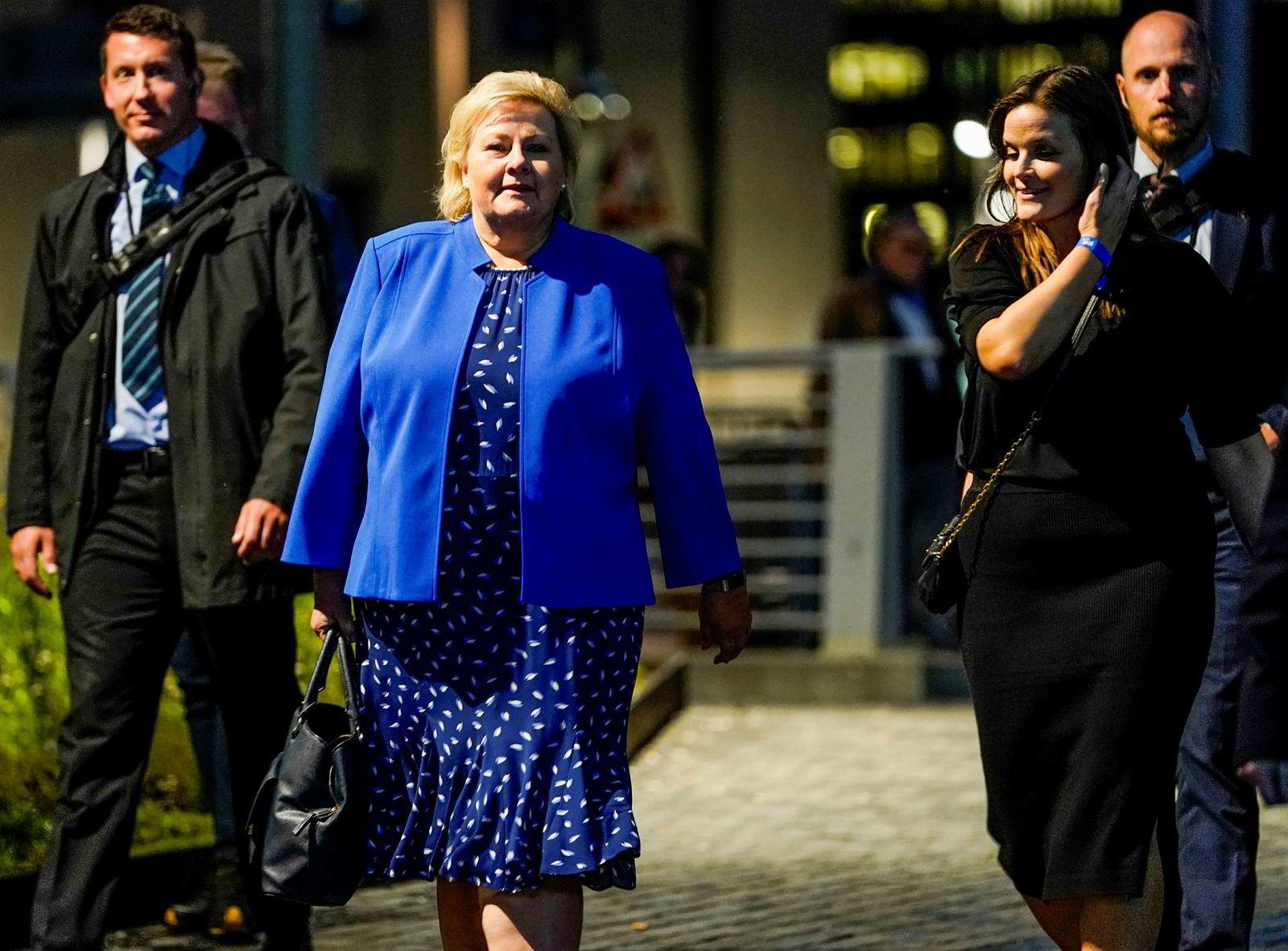 Statsminister Erna Solberg ankom valgvaken til Høyre på Clarion Hotel Oslo ved 20.30-tiden mandag kveld.