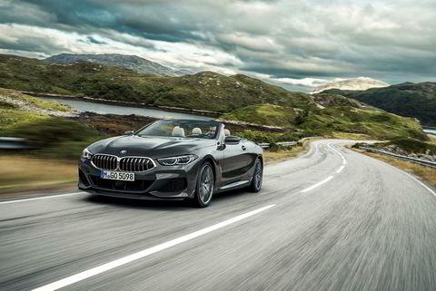 . BMW 8-serie kabriolet.