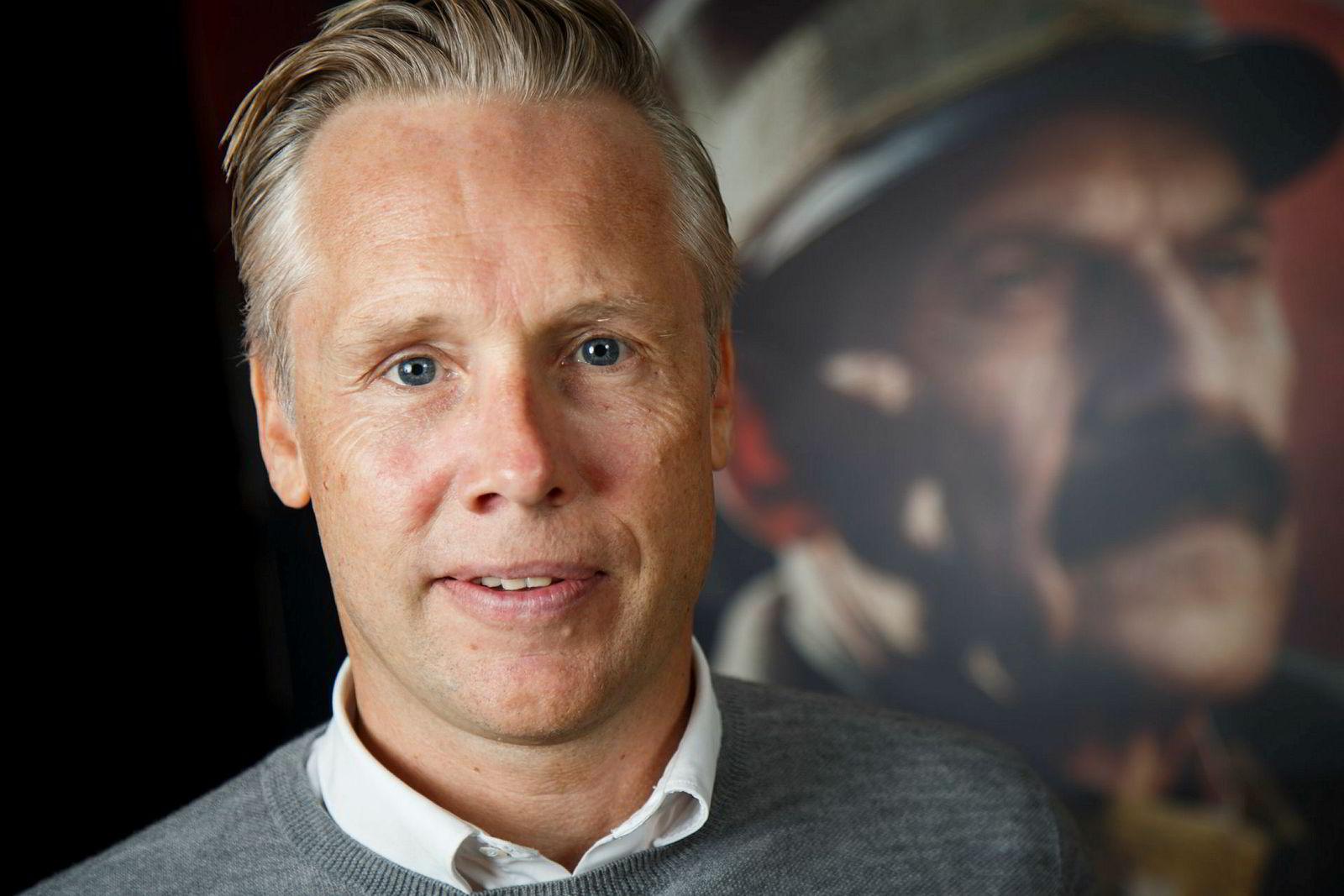 Produsent Stein B. Kvae i Paradox var produsent på storfilmen «Kongens nei».