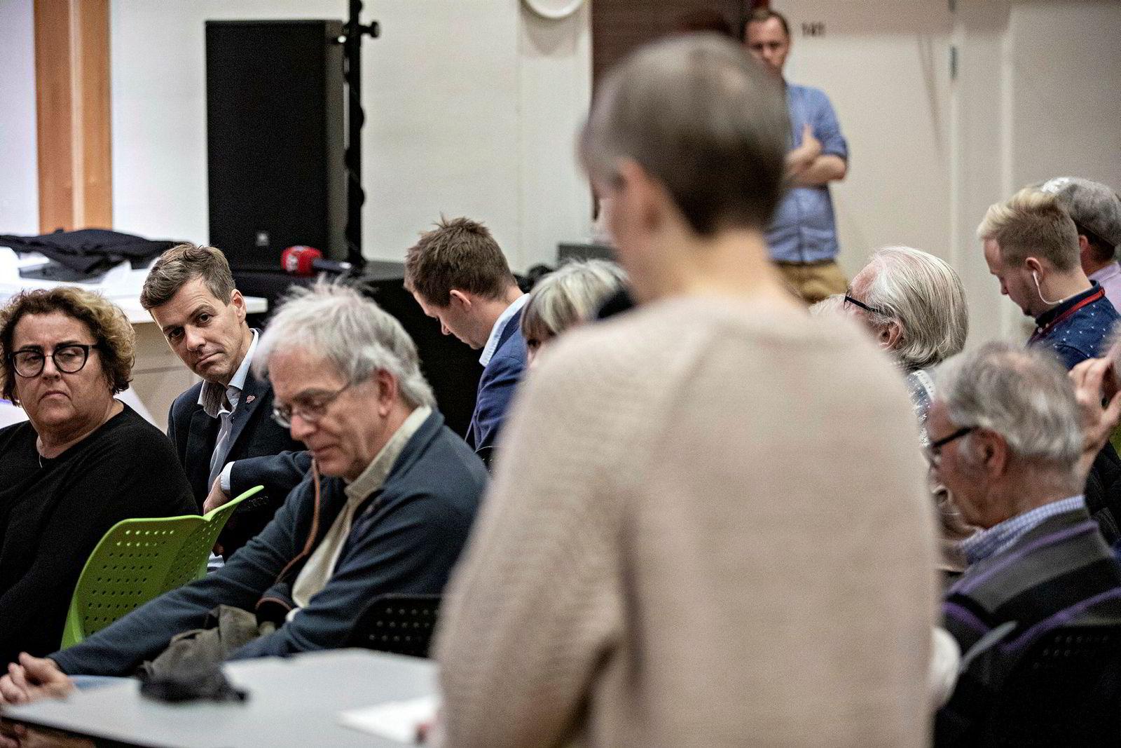 Knut Arild Hareide og Olaug Bollestad fikk spørsmål fra salen etter å ha gitt sine innlegg.