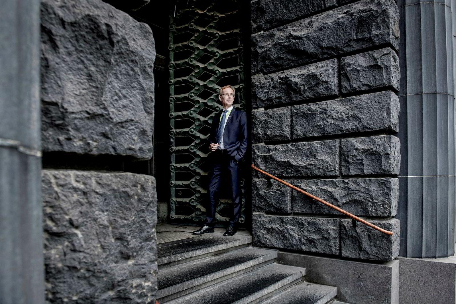 Sjeføkonom i SEB, Robert Bergqvist, håper blokkene klarer å samarbeide på tvers av grensene.
