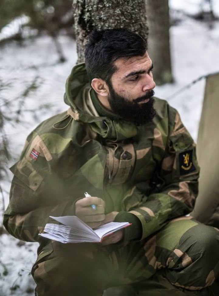 hæren dating tjeneste verden av tanker Su 122 44 matchmaking
