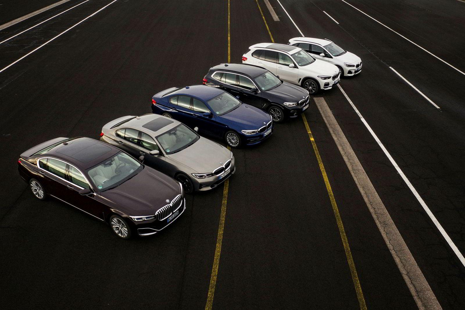 BMWs ladbare hybrider: 745e, 530e, 330e, X3 30e, X5 45e og 225ex.