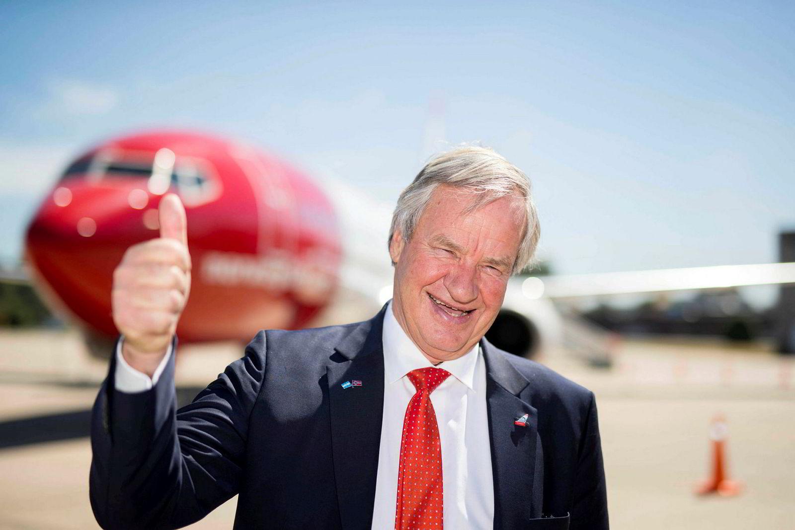 Norwegian-sjef Bjørn Kjos under en innvielse om Norwegians tilstedeværelse i Argentina på flyplassen i Buenos Aires.