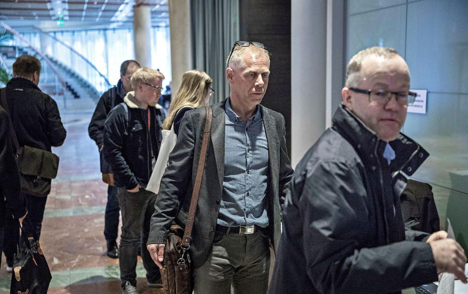 Investor Jan Erik Mushom (i midten) ble valgt som styremedlem i Mentor Medier under generalforsamlingen torsdag.