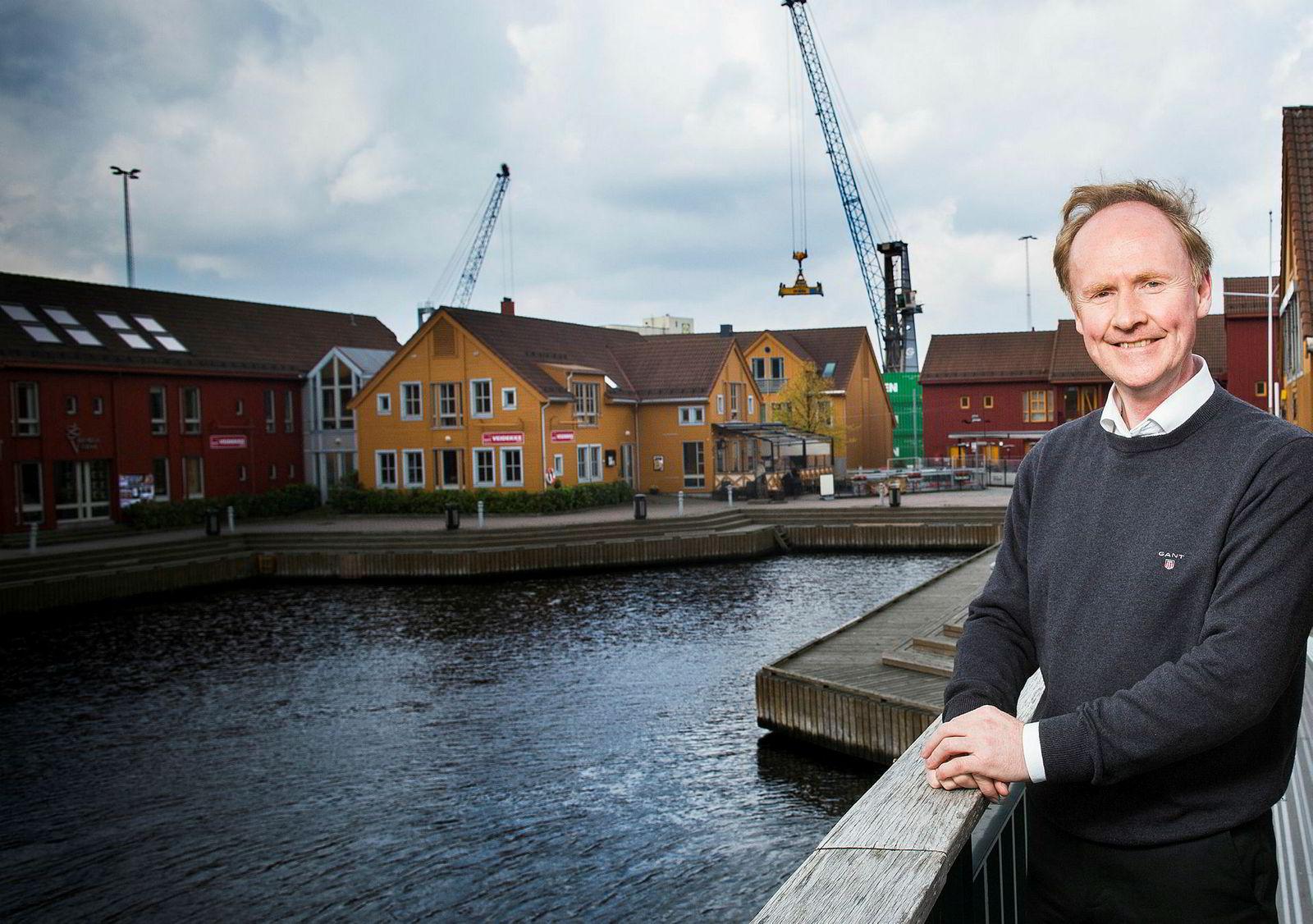 Professor Kåre Sandvik mener åpning for turister fra Tyskland vil være Regjeringens sterkeste krisetiltak på kort sikt.