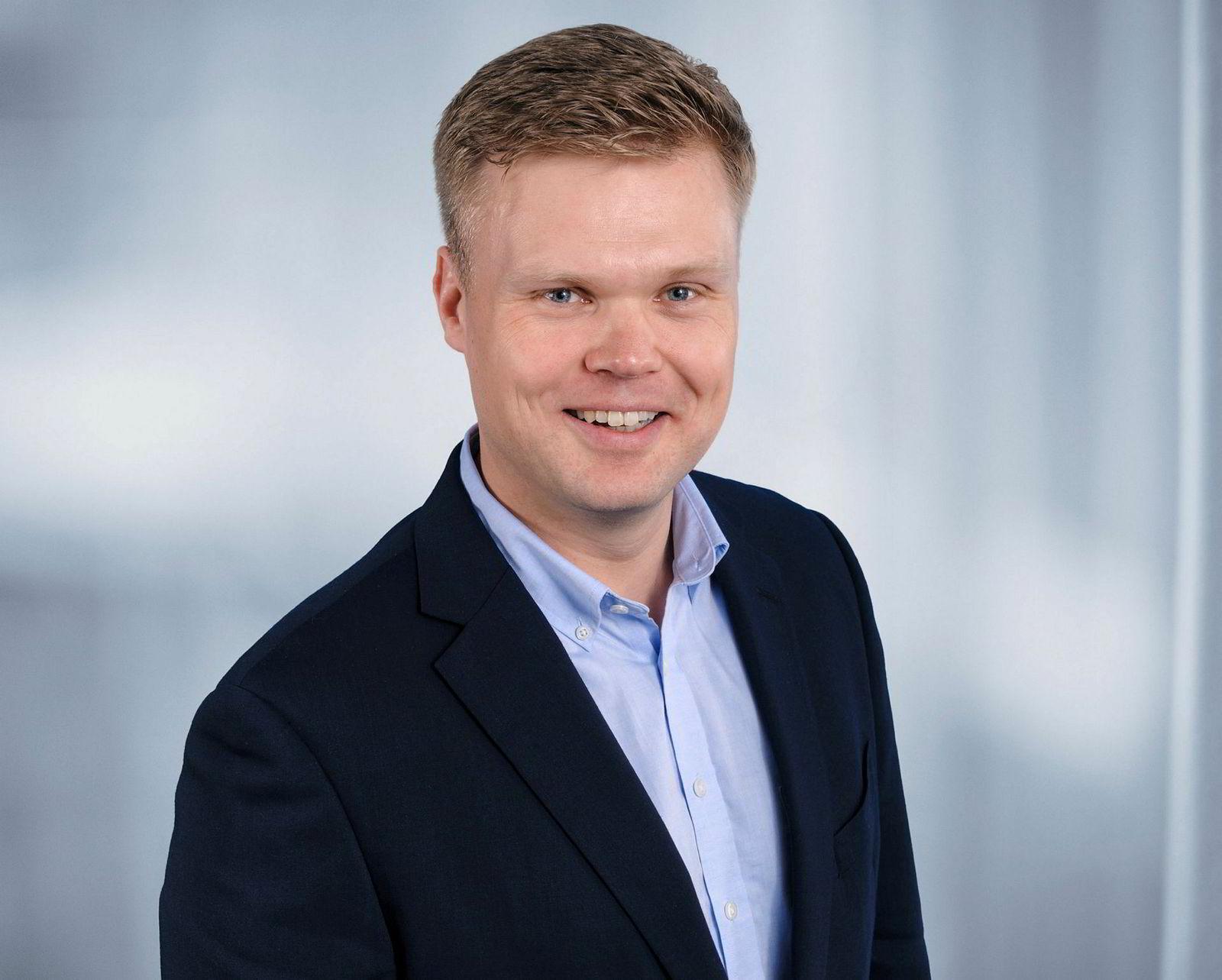– Vi venter et sted mellom 30 til 50 letebrønner i året frem mot 2030, sier Oddmund Føre som er sjef for analyse av riggmarkedet i Rystad Energy.