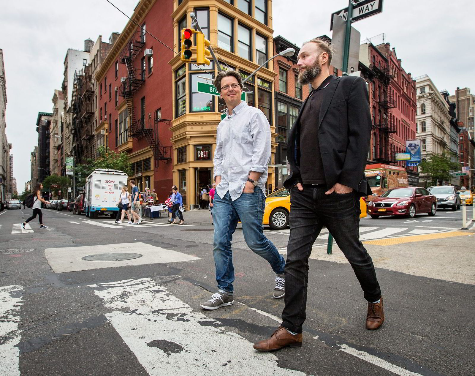 Managing director Erik Brataas (left) and colleague Trond Tornes of Phonofile in New York last year on a business trip, around the time Apple Music launched their streaming service. Foto:
