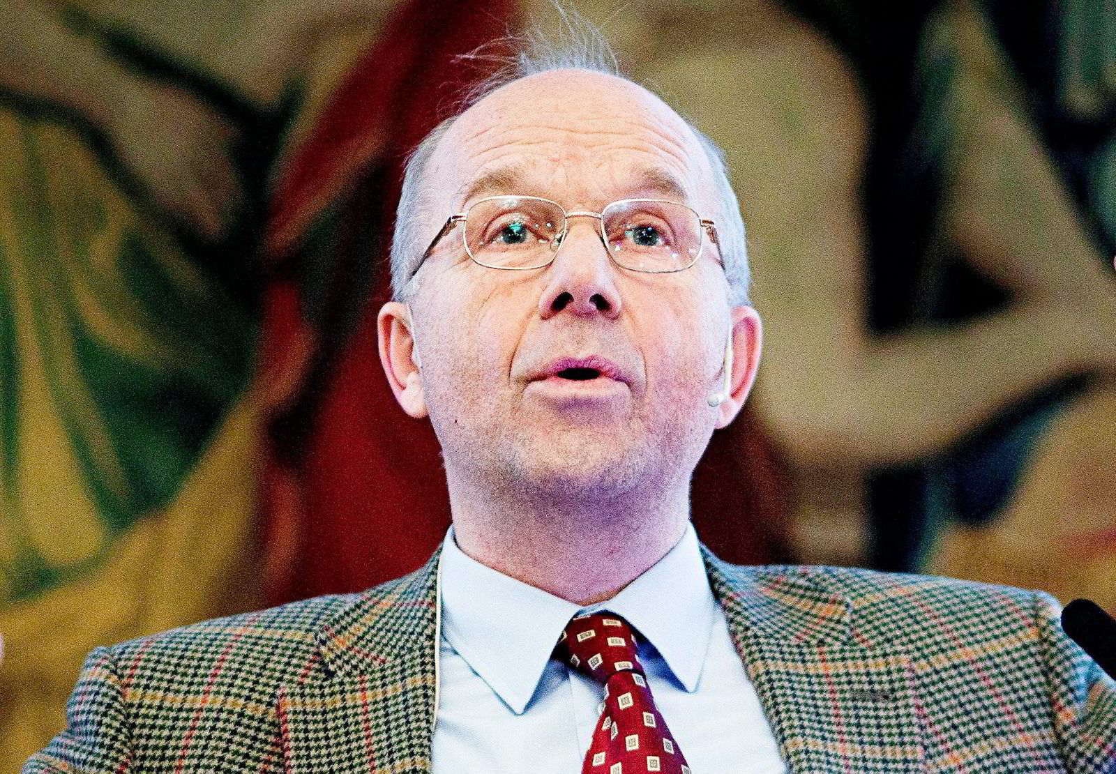 ... tidligere børsdirektør Sven Arild Andersen (72) ...