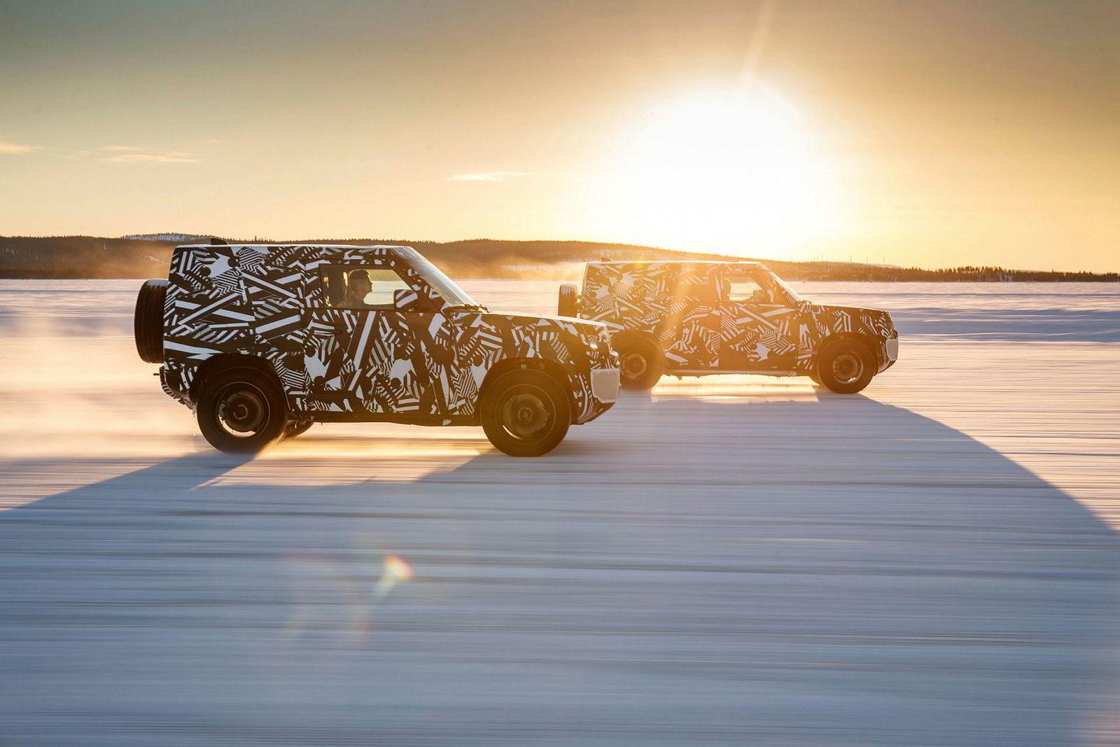 . Land Rover Defender.