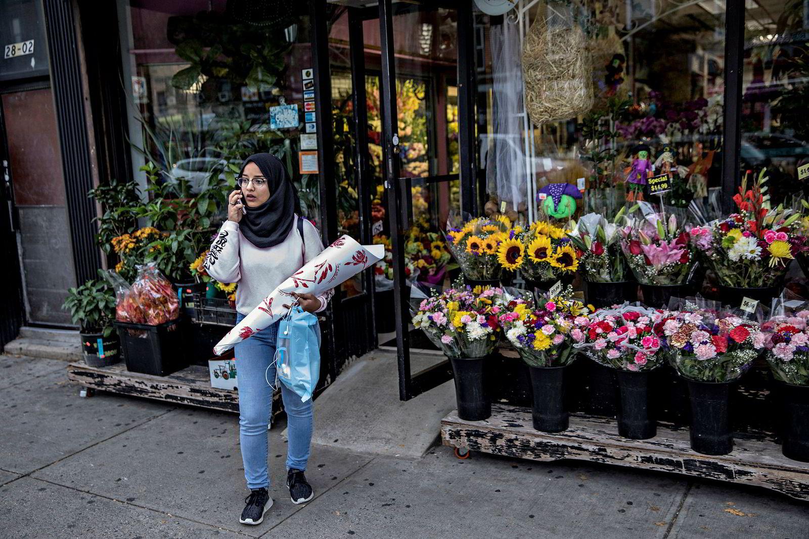 I nabolaget Queens Samia Omar (15) bekymret for at terrorangrepet på Manhattan skal resultere i mer hatkriminalitet mot muslimer. – Nylig ble jeg skjelt ut av en ukjent kvinne på gaten. Hun ba meg reise ut av landet, sier hun.