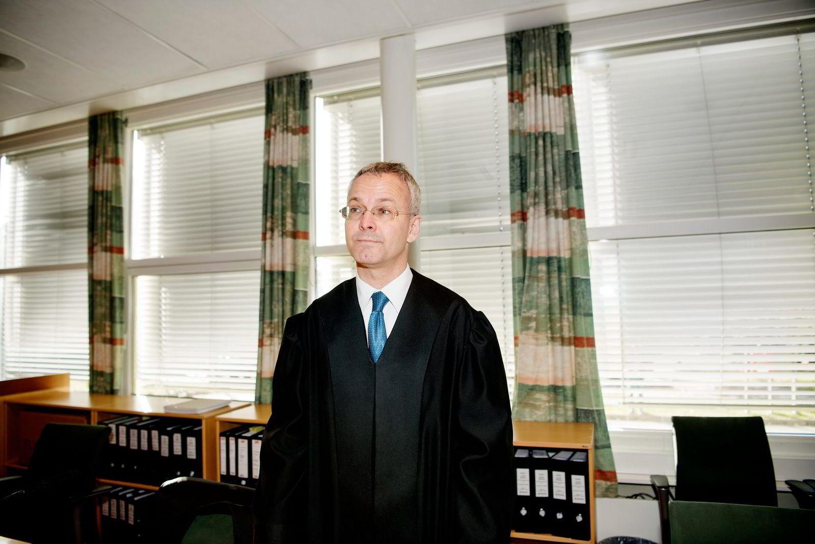 Forsvarer Nicolai V. Skjerdal mener det var feil å anlegge straffesak.
