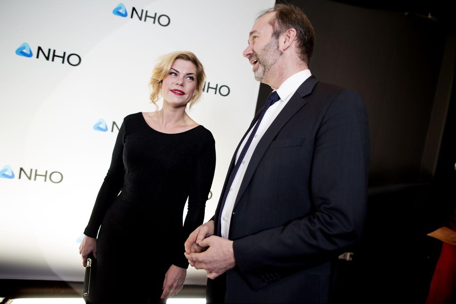 Arbeiderpartiets Jette Christensen og Trond Giske ankom torsdag kveld festmiddagen i anledning NHOs årskonferanse i Oslo Spektrum.