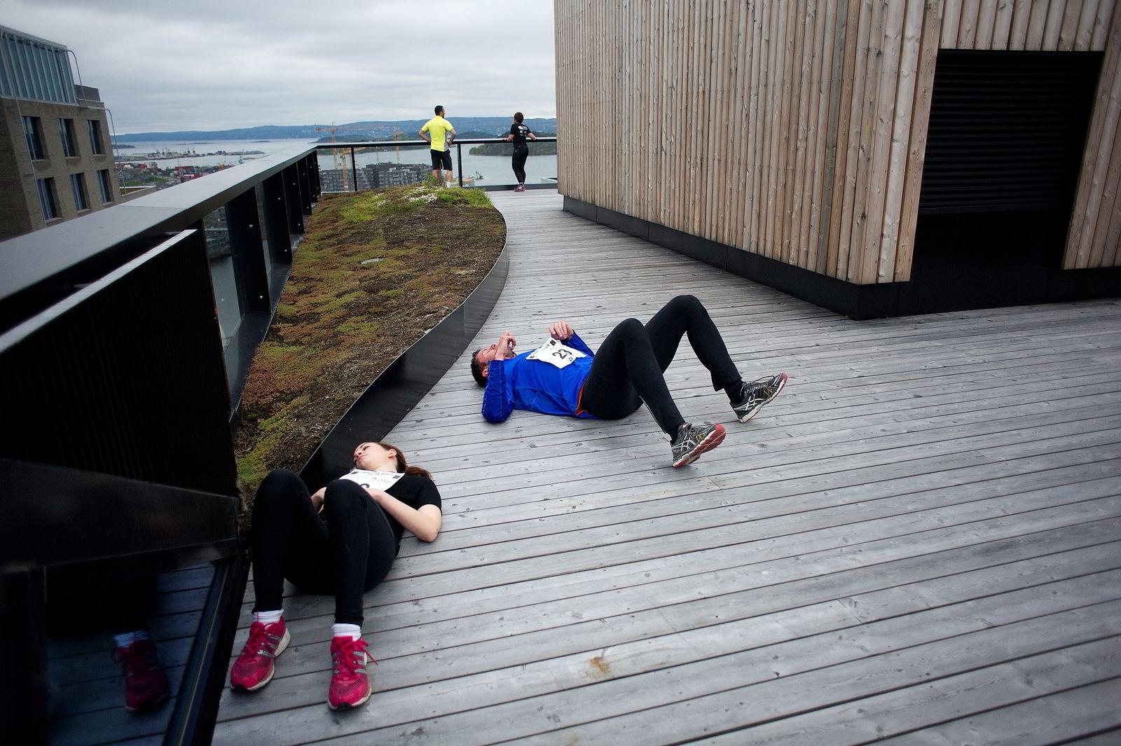 Erik Pettersen (i blått) løp Barcode Challenge på tiden 01:08. FOTO: Mikaela Berg