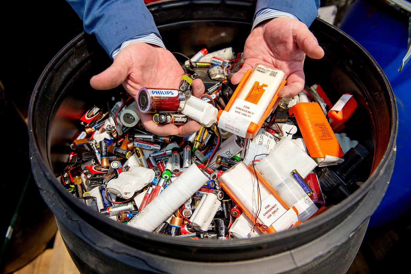 Selskapet Batteriretur har et innsamlernettverk bestående av rundt 350 samarbeidspartnere og cirka 20.000 innsamlingspunkter i Norge.