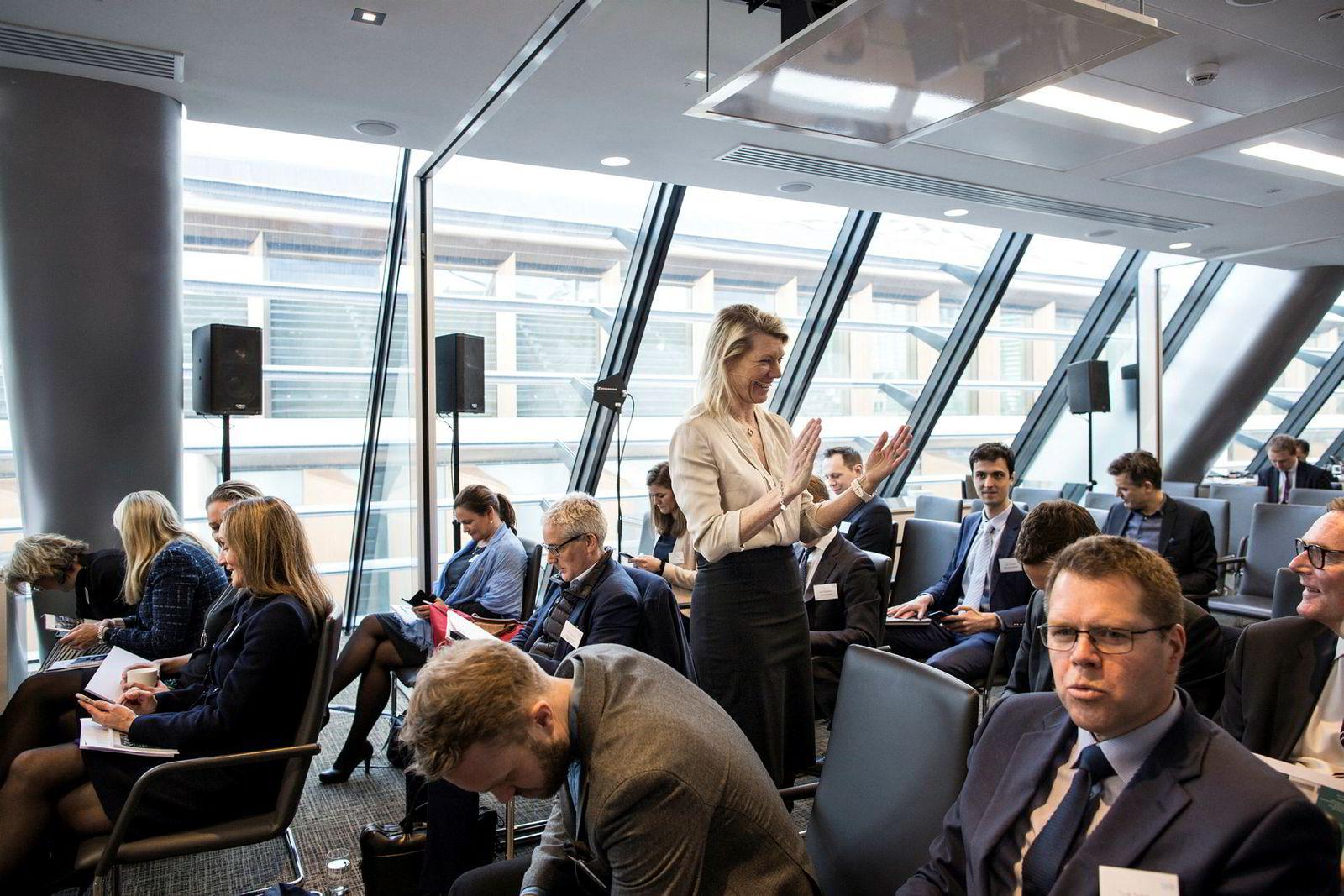 Finansdirektør Kjerstin Braathen, her fra presentasjonen av 2018-tallene i DNBs lokaler i London torsdag.